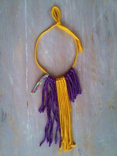 T shirt yarn necklace  yellow and purple por MerakibyStevie en Etsy