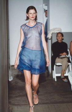 6bf0b5e441f4 Helmut Lang Spring 2000 Ready-to-Wear Fashion Show