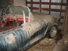 1960 corvette just kneads to be restored it is an 80'000$ car once its restored