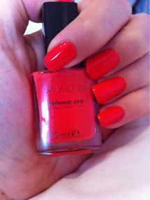 Avon nailwear pro in Coral Reef - £6  No flash  Available at avonshop.co.uk    Top coat - Seche Vite    http://moonflowermakeup.blogspot.co.uk/2012/01/year-of-nail-polish-no-7.html
