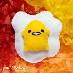 If you feel interest about this cute Gudetama lazy egg doll, please drop a message to smithiie.design@gmail.com