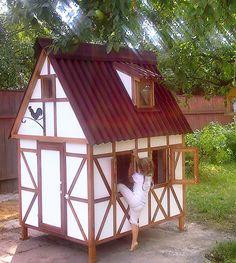 Детский домик в стиле фахверк