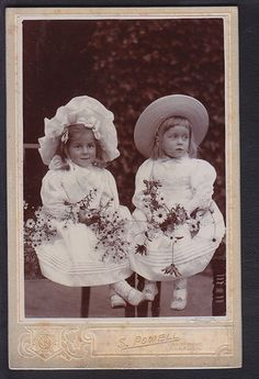 +~+~ Antique Photograph ~+~+   Adorable twin girls in white.  circa 1890