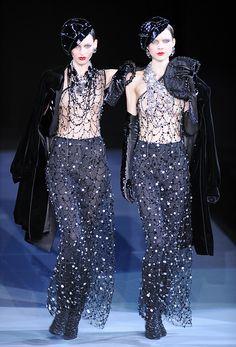 giorgio armani fashion show fallwinter