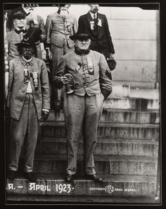 Six Confederate Veterans  This April 23, 1923, reunion may have been in New Orleans.