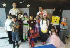 La directora, los maestros, alumnos y padres de familia se fueron felices tras presenciar el evnto