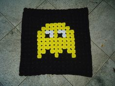 Tapete de Fuxico Fantasma Pacman Amarelo