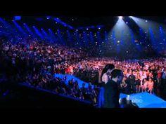 [Watch] Did Jordin Sparks & John Legend Nail Their Whitney Houston Tribute? Peep Their Performance.