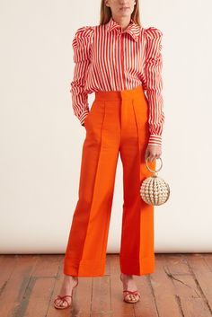 Dice Kayek: Wide Leg Pants in Orange, orange wide leg pants and orange and white striped shirt with puffy sleeves, love these bright orange wide leg pants with a cropped length Orange Pants Outfit, Orange Shirt, Orange Outfits, Orange Orange, Colourful Outfits, Colorful Fashion, Orange Fashion, Outfits With Striped Shirts, Printemps Street Style