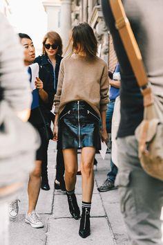 street_style_milan_fashion_week_septiembre_2016_68103190_800x                                                                                                                                                                                 More