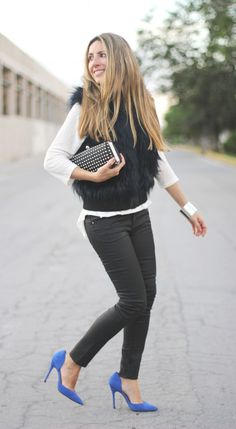 Trendy look blogger Monica Sors