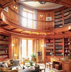 Janelas enormes para entrar bastante claridade e muito sol para não mofar meus livros! Mais ou menos isso!!! E você? Como será sua biblioteca?