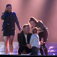 ooper stealing the show Storm Keating, Ronan Keating, Hallmark Movies, Family Love, Love Of My Life, Concert, Music, Cute, Instagram