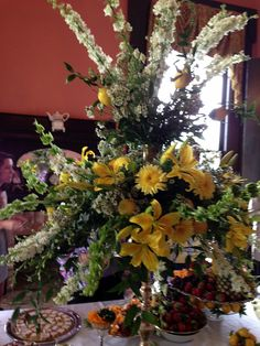 Wow!! What an incredible centerpiece at a private party held recently at Providence House.  Flowers by Harry Saunders.