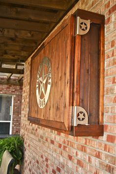 Outdoor TV Enclosure - Designed and built by Mark Kempf Interior Exterior, Bathroom Interior Design, Modern Interior Design, Hanging Tv On Wall, Outdoor Tv Cabinet, Outdoor Projects, Outdoor Decor, Tv Cabinets, Modern Cabinets