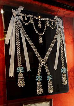 No wonder she hated it and thought it was vulgar.......A replica of the infamous 2800 carat diamond necklace (at the Château de Breteuil, France) originally intended for Du Barry and later connected with Marie Antoinette due to the notorious 'necklace affair' she was not knowingly a part of (thanks to the con-artist Jeanne de Saint-Rémy de Valois).