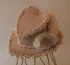 Heart Shaped Ivory/Cream Pearl Mini Top Hat, Bride, Wedding, Burlesque, Steampunk, Millinery, Fascinator, Headpiece