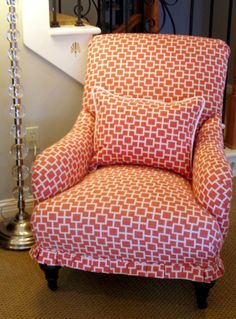 Love this fabric and the little pleated effect at the bottom!