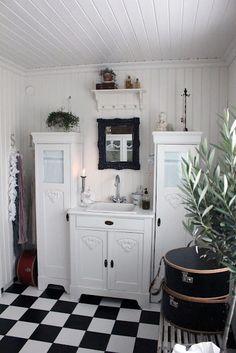 bathroom - black/white
