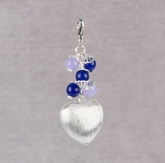 Make a delicate keyring charm with 6mm semi-precious beads and our swivel clasp.