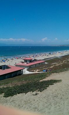 Spent many summer teen years @ this beach. Torrance Beach, Places To Travel, Places To See, Torrance California, Harbor City, Hermosa Beach, City Of Angels, California Dreamin', Beach Town