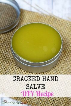 to Make DIY Cracked Hand Salve in 5 Minutes. This recipe makes great gifts. Works on feet too!How to Make DIY Cracked Hand Salve in 5 Minutes. This recipe makes great gifts. Works on feet too! Diy Lotion, Lotion Bars, Salve Recipes, Beeswax Recipes, Lip Balm Recipes, Soap Recipes, Wie Macht Man, Homemade Beauty Products, Natural Products