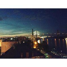 "@ceparrish: ""Beautiful night in Savannah. Rooftop bar at the Cotton Sail Hotel @hucknarnicus"" #igerssavannah #talmadgebridge #cottonsailhotel #suspensionbridge #rooftopbar #riverstreet #savannah #cottonsailhotel on Instagram"