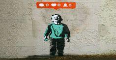 Οπλισμένοι με μελάνι, σπρέυ και φαντασία καλλιτέχνες των τοίχων του δρόμου, έχουν δημιουργήσει συνθέσεις #street_art με ένα κοινό χαρακτηριστικό, τα #social_media ενταγμένα τέλεια σε έργα που πριν ίσως ήταν λιγότερο ενδιαφέροντα.   Επιμέλεια: Δήμητρα Ντζαδήμα #graffiti #wall #culture #young  http://fractalart.gr/street-art-graffiti-socialmedia/