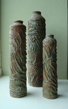 sgraffito pots - Ceramics and Pottery Arts and Resources Hand Built Pottery, Slab Pottery, Pottery Vase, Ceramic Pottery, Ceramic Clay, Ceramic Vase, Ceramic Texture, Clay Vase, Pottery Sculpture