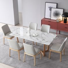 31 Lovely Modern Dining Table Ideas For Your Dining Room - A modern dining table is quite different from the traditional ones with respect to various features. Design is one of the vital aspects that make it u. Faux Marble Dining Table, Modern Dining Table, Dining Sets, Luxury Dining Tables, Antique Dining Tables, Tables Shabby Chic, Dinning Table Design, Glass Dinning Table, Wooden Dining Table Designs