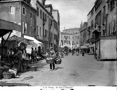 Street Life in #Venice
