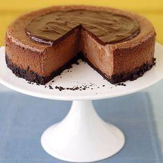 Triple-Chocolate Cheesecake #recipe #cheesecake #chocolate