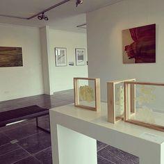 De expositieruimte bij Bergarde Galleries prachtig ingericht. Mijn werk is in de galerie te zien tot en met 21 oktober 2016 #angeliquevandervalk #vegetableworks #art #kunstroute #barendrecht #bergarde #expo #expositie #painting #photography #mixedmedia #2016