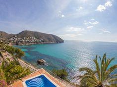 VILLA DE ALQUILER CON VISTAS PANORAMICAS AL MAR EN MORAIRA (COSTA BLANCA),con piscina privada, para máximo 10 personas...