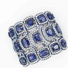 Thank youuu for today's inspiration MARGO RAFFAELLI with this Cuff bracelet from G by Glenn Spiro in Blue titanium, diamonds and sapphires.