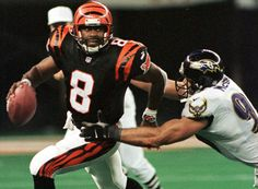 98. Jeff Blake (East Carolina) Jeff Played for The Jets, Bengals, Saints, Ravens, Cardinals, Eagles and Bears. He was a Pro Bowler in 1995 with the Bengals.