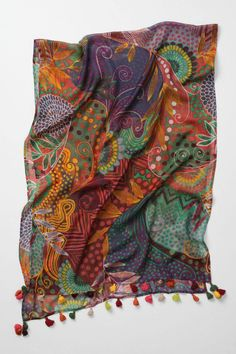 Print-work boho-chic scarf made of wool. Love the colors. #fashion #bohemian #caccessories