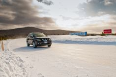 Nissan Rogue tearing up the ice track at Mecaglisse