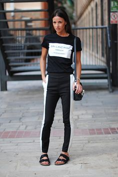 Birkenstock Outfit Inspiration #birkenstocks #repeatoffender #howtostyle #howtowear #ootd #outfitinspiration #streetstyle #blackandwhite