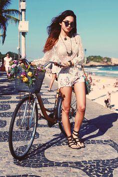 Y como no, también por las playas de Copacabana, Río de Janeiro.
