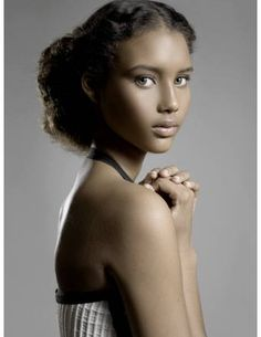 Chrishell Stubbs as Princess Winter I The Lunar Chronicles- this is exactly how I pictured her!