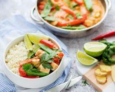Rode curry met kip en bloemkoolrijst Pizza, Thai Red Curry, Cantaloupe, Potato Salad, Potatoes, Fruit, Ethnic Recipes, Food, Lasagna