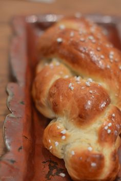 Tresse Bread, Food, Braid, Brot, Essen, Baking, Meals, Breads, Buns