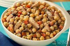 Receita de Salada de sardinha com grão de bico em receitas de saladas, veja essa e outras receitas aqui!