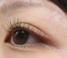 写真はオレンジブラウン&グリーンです☆ #マツエク #まつ毛エクステ #エクステ #カラー