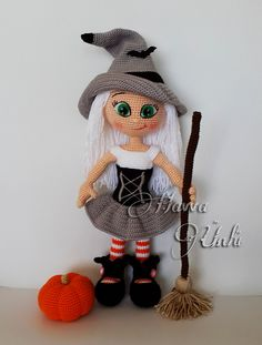 Cute Witch Doll - Amigurumi Crochet Pattern from Havva Designs Crochet Amigurumi, Amigurumi Patterns, Amigurumi Doll, Doll Patterns, Crochet Patterns, Halloween Crochet, Holiday Crochet, Halloween Crafts, Knitted Dolls
