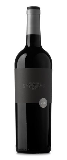 Les Sorts. Redesign of the Les Sorts wines collection by Celler el Masroig. In the collection Sycar works as a link to the next premium range of products.