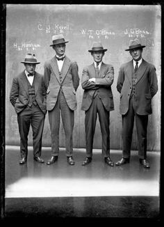 1H. Hirscham, J. Keevil, W. T. O'Brien, J. O'Brien, 1921, Central cells  Crooks like us by Peter Doyle