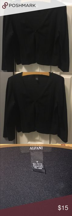 ⚡️FINAL SALE! ⚡️Alfani quarter sleeve sweater! Alfani quarter length sleeve black sweater! Great for work! Only worn once! 👚 Alfani Sweaters Cardigans