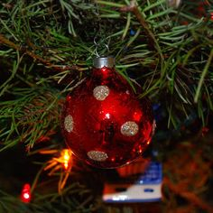 Updates from the Copper State: Christmas Ornament Spruce Up